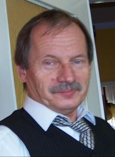 Andrzej Rakowski - mam 58 lat, 4 osobową rodzinę: żona Mieczysława, dwoje dzieci: syn Tomasz lat 32, córka Anna 29 lat (zamężna). - obs_rada_rako